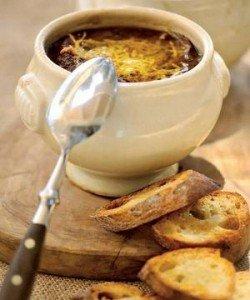 Суп из сушеных грибов и морской капусты с соевым соусом
